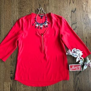 Express red zip front 3/4 sleeve blouse